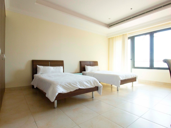 Residential Property 2 Bedrooms U/F Apartment  for rent in The-Pearl-Qatar , Doha-Qatar #7855 - 1  image