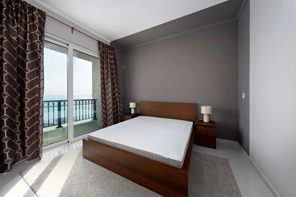 Residential Developed 2 Bedrooms F/F Apartment  for sale in The-Pearl-Qatar , Doha-Qatar #7995 - 4  image