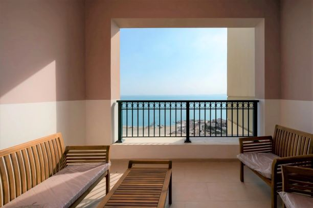 Residential Developed 2 Bedrooms F/F Apartment  for sale in The-Pearl-Qatar , Doha-Qatar #7995 - 6  image