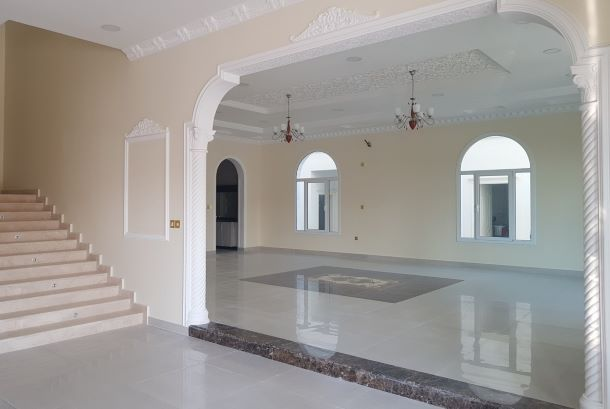 Residential Developed 7+ Bedrooms U/F Standalone Villa  for sale in Doha-Qatar #7998 - 1  image