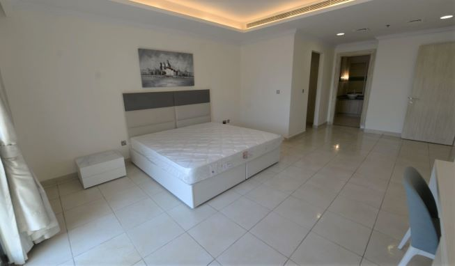Residential Property 2 Bedrooms F/F Apartment  for rent in The-Pearl-Qatar , Doha-Qatar #8129 - 4  image