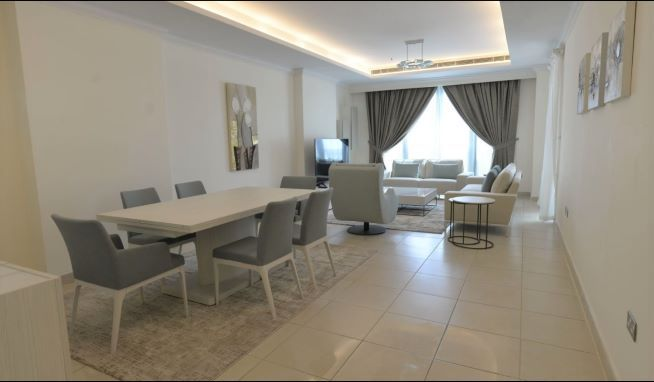 Residential Property 2 Bedrooms F/F Apartment  for rent in The-Pearl-Qatar , Doha-Qatar #8129 - 3  image