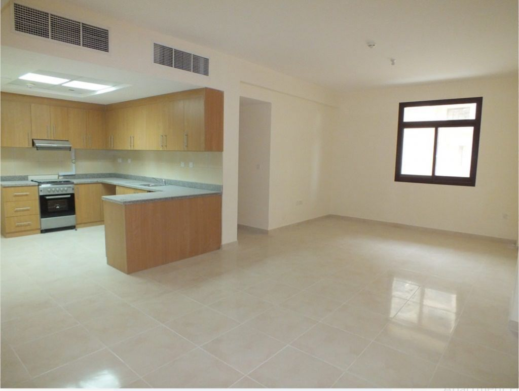 Residential Developed 2 Bedrooms U/F Apartment  for sale in Lusail , Doha-Qatar #8171 - 1  image