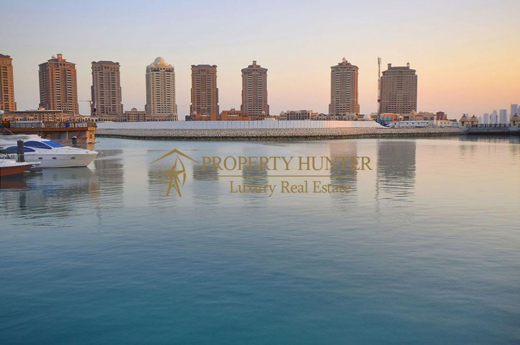 Residential Developed 1 Bedroom S/F Apartment  for sale in The-Pearl-Qatar , Doha-Qatar #8307 - 1  image
