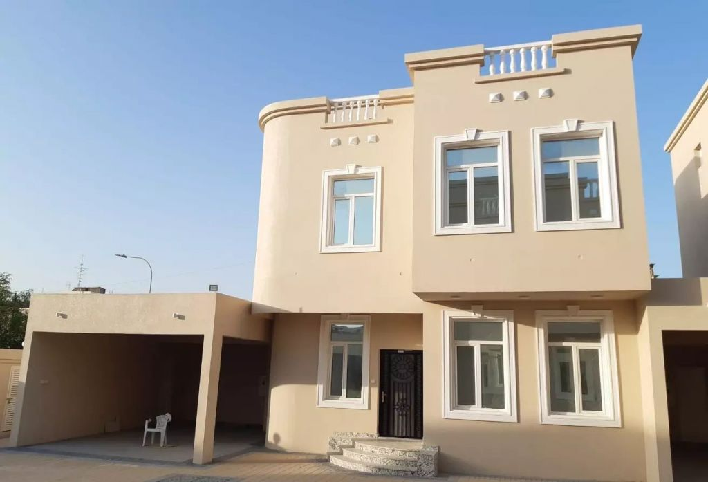 Residential Property 4+maid Bedrooms U/F Villa in Compound  for rent in Al-Hilal , Doha-Qatar #8347 - 1  image