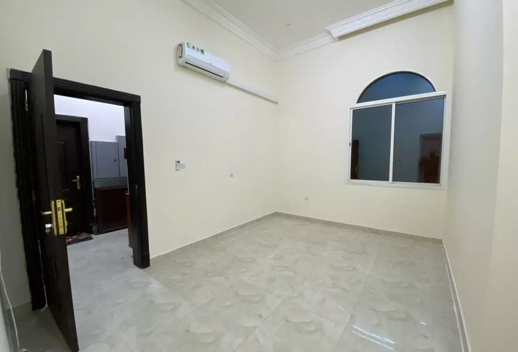 Residential Property Studio U/F Apartment  for rent in Doha-Qatar #8606 - 2  image
