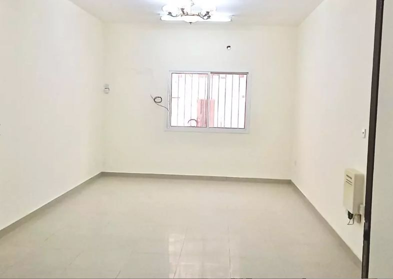 Residential Property 2 Bedrooms U/F Apartment  for rent in Umm-Ghuwailina , Doha-Qatar #8873 - 1  image
