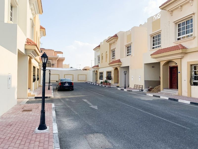 Residential Property 5+maid Bedrooms S/F Villa in Compound  for rent in Al-Wukair , Al Wakrah #9706 - 1  image